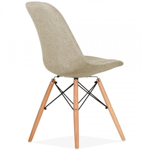 Silla dise o eames tapizada en beig patas de madera for Disenos de sillas de madera