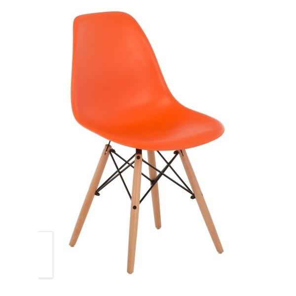Silla dise o eames polipropileno naranja con patas de madera for Sillas polipropileno diseno