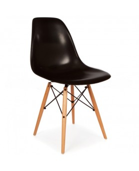Silla Diseño Ims Negro con patas de madera