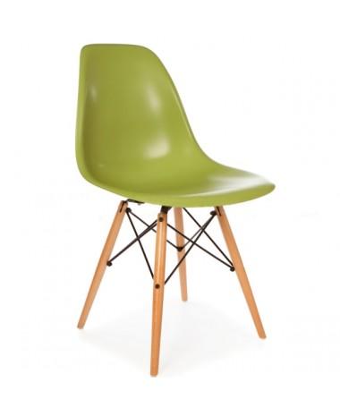 Silla Diseño Ims Verde con patas de madera