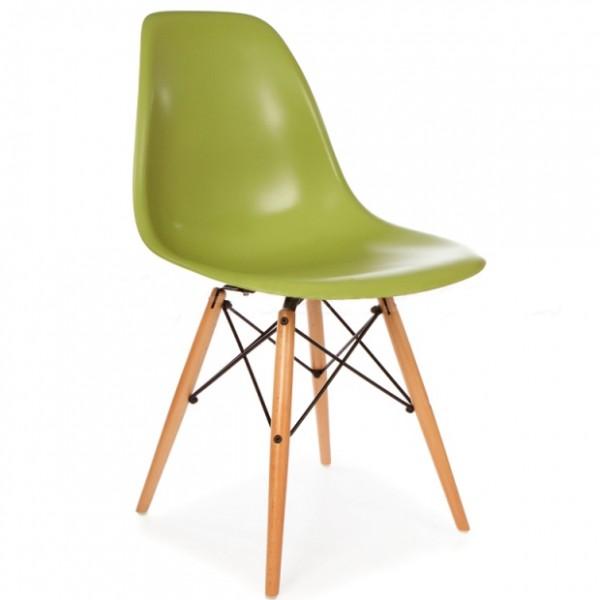 Silla dise o eames verde con patas de madera for Replicas muebles diseno