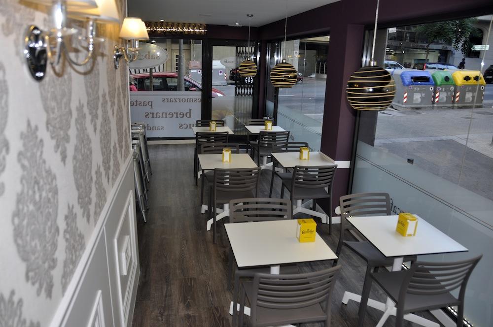 Sillas para cafeteria en el sabor a caf el blog de sillas muebles sillas de dise o y ergon micas - Sillas para cafeteria ...