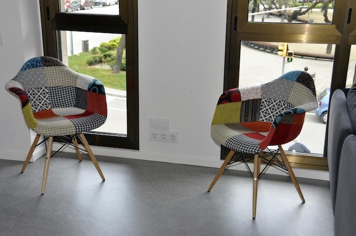 Mobiliario patchwork el blog de sillas muebles el blog - Precio tapizar sillas ...