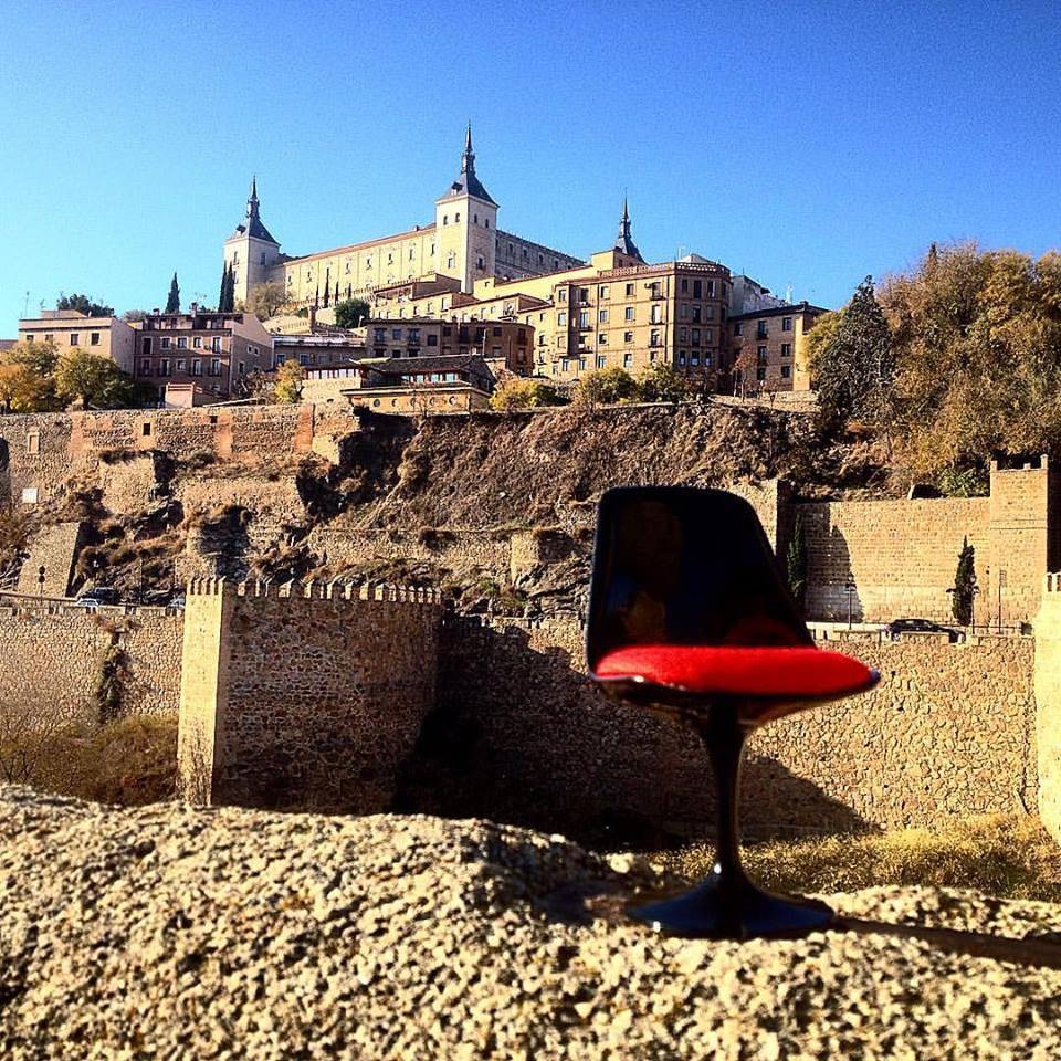 Sillas viajeras por el mundo el blog de sillas muebles for Lugares donde compran muebles usados